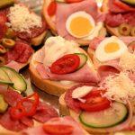 Obložené chlebíčky a jednohubky